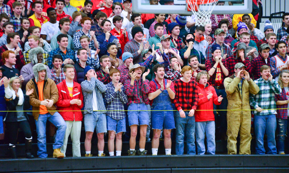 Calvert Hall Basketball web